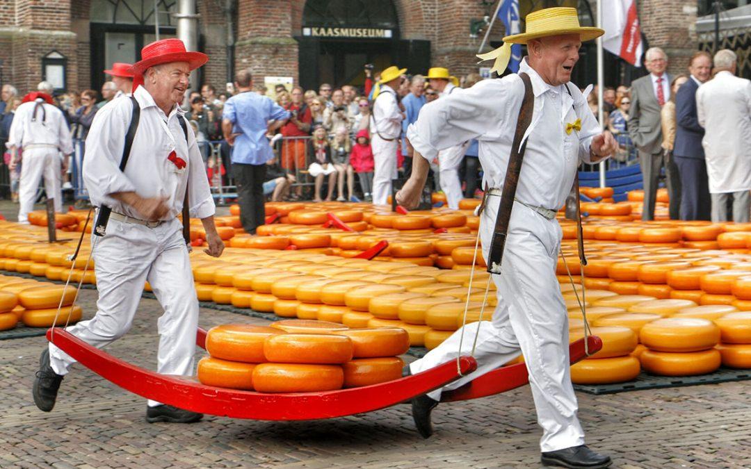 Alkmaar-kaasmarkt-1080x675.jpeg